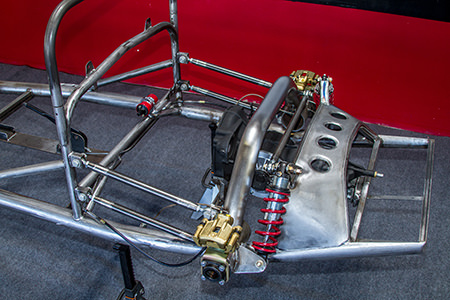 RW Spyder chassis with a De Dion rear-suspension system