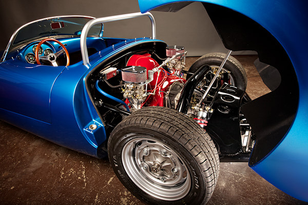 Blue RW Spyder - Engine View