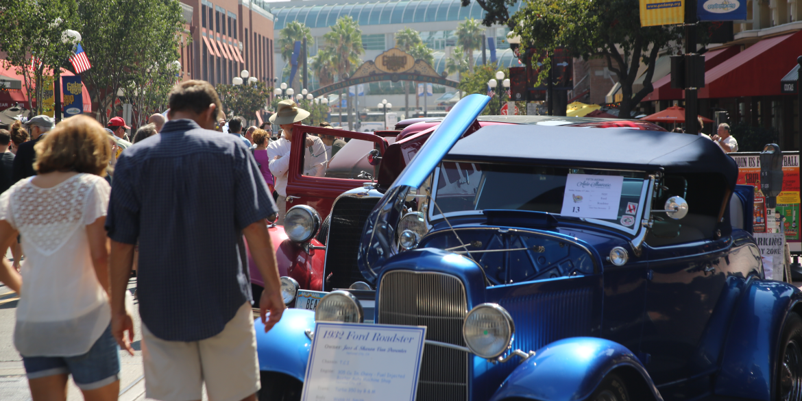 Fifth Avenue Auto Showcase 2015