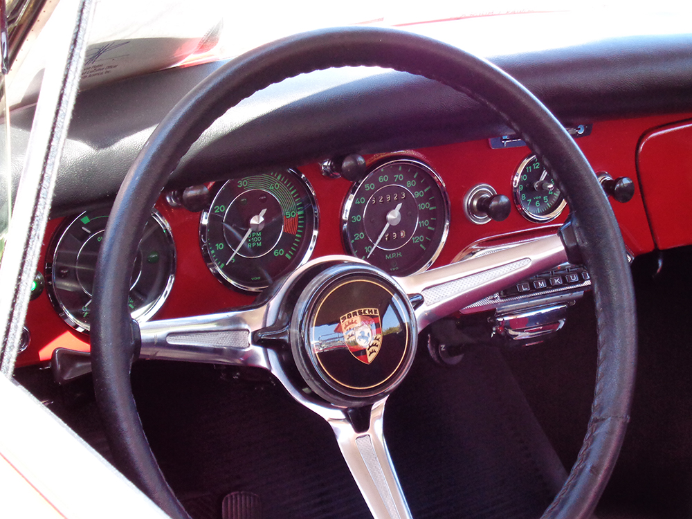 Original Red Speedster - Interior