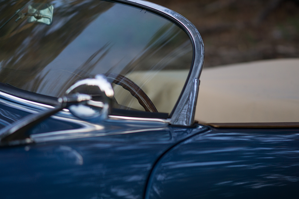 RW Speedster - Blue in detail